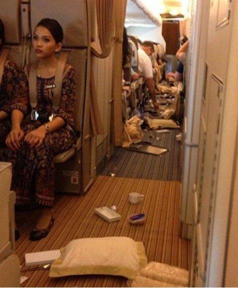 Uçakta türbülans dehşeti 1