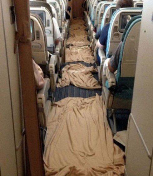 Uçakta türbülans dehşeti 6