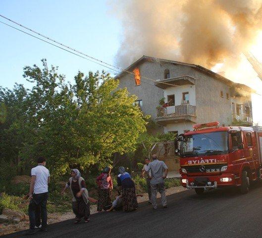 Söndürülmeyen ocak evi yaktı 2