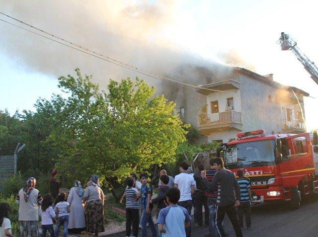Söndürülmeyen ocak evi yaktı 3