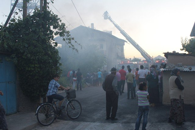 Söndürülmeyen ocak evi yaktı 9