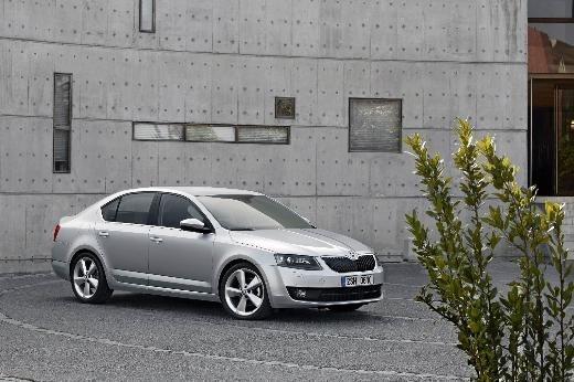 Otomobil dünyasının en yeni modelleri 30