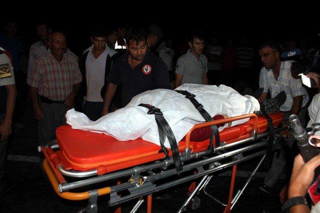 Gurbetçi aile kaza kurbanı : 3 ölü 9