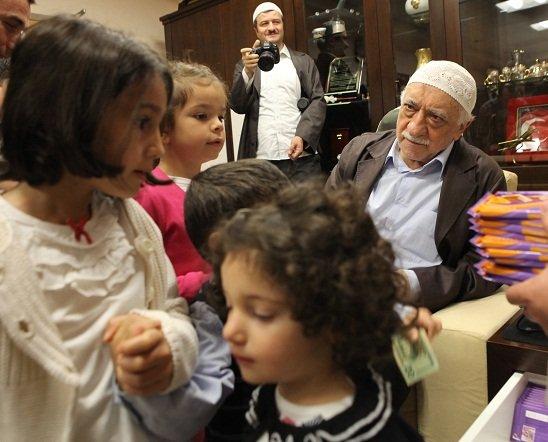 Reuters Fethullah Gülenin evini görüntüledi! 17