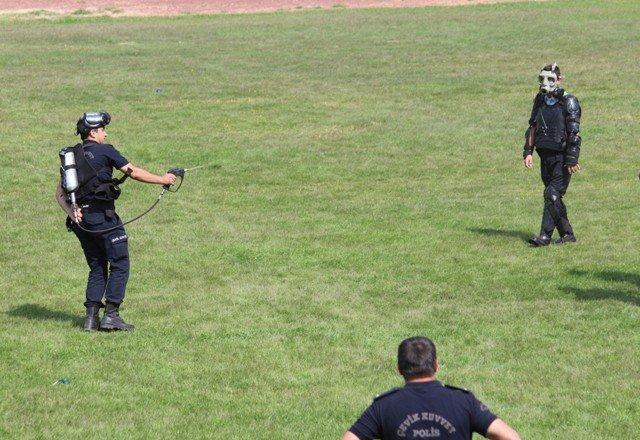 Polise Çevik Kuvvet Eğitimi 1