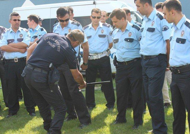 Polise Çevik Kuvvet Eğitimi 8