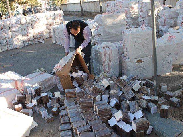 TIRda 1,5 milyon liralık kaçak sigara ele geçirildi 3