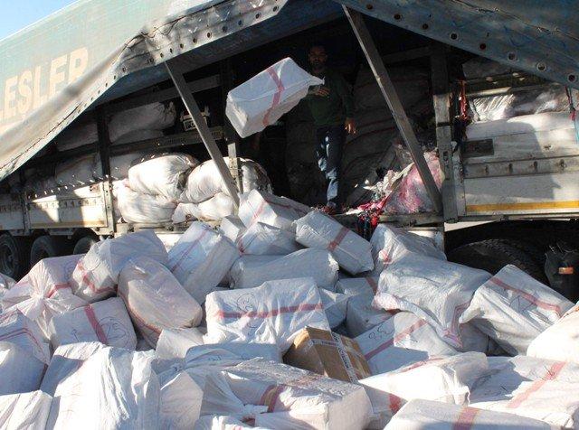 TIRda 1,5 milyon liralık kaçak sigara ele geçirildi 4