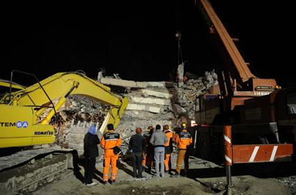 Van depremi 13