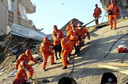 Van depremi 14