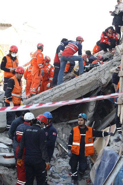 Van depremi 18