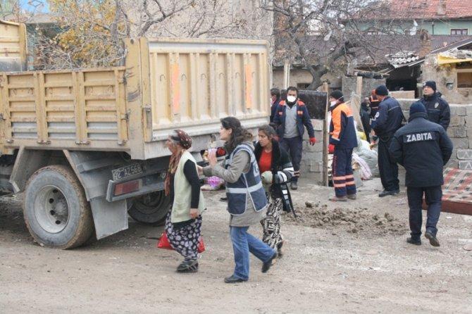 Konyada 300 polisle yıkım 9