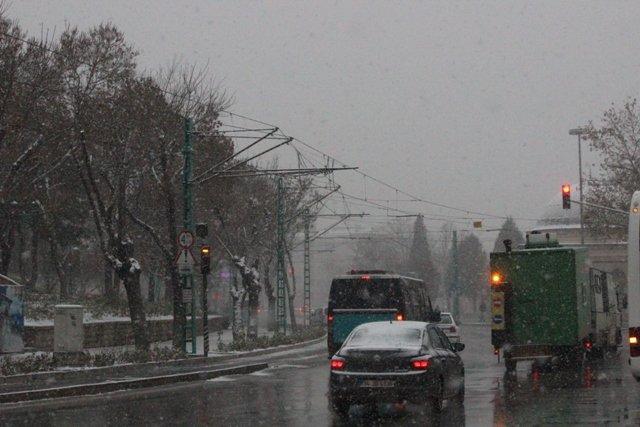 Konyaya yılın ilk karı yağdı 2