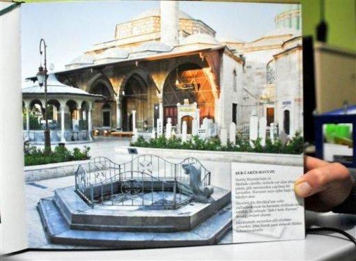 Mevlana Müzesinde havuz skandalı 8