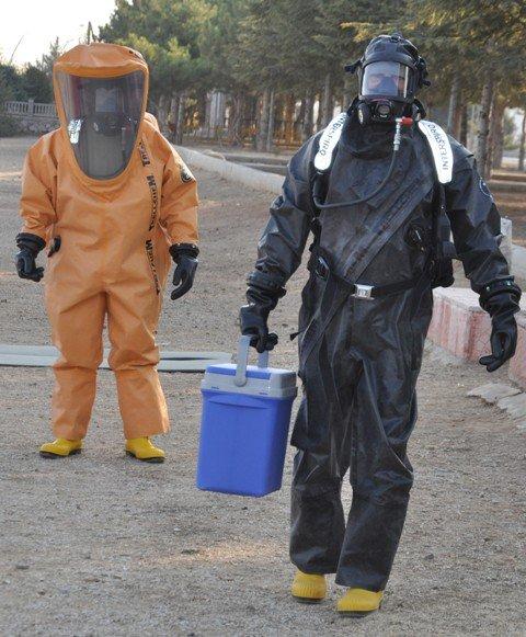 Kimyasal tehditle savaş onlardan soruluyor 2