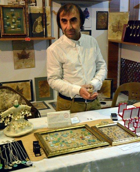 Dünyanın en küçük Kuran-ı Kerimini yazdı 1