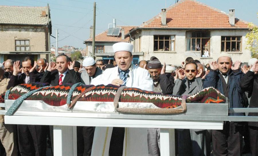 Depremde ölen Konyalı öğretmenler 10