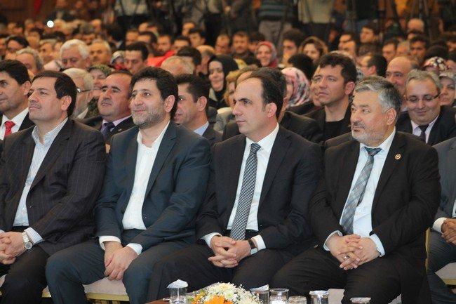 AK Parti adaylarını tanıttı 4