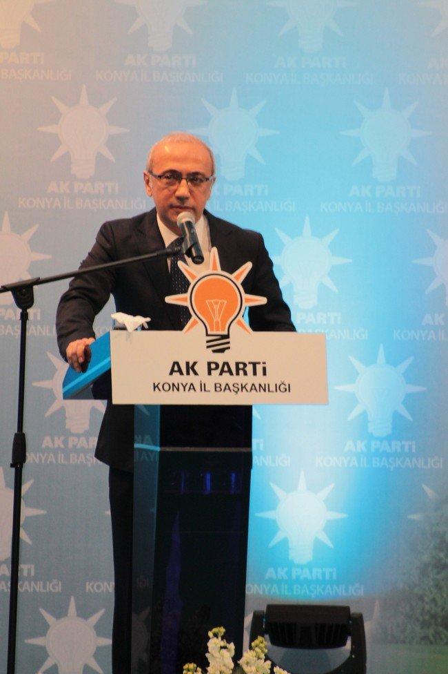 AK Parti adaylarını tanıttı 6