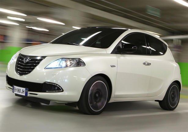 2014ün en ucuz arabaları 25
