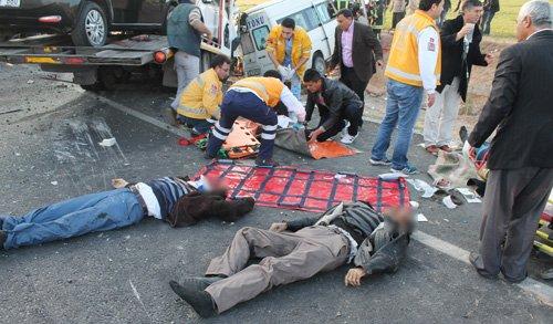 Konyada feci kaza: 9 ölü! 1