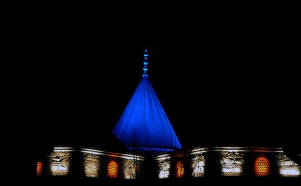 Mevlana Müzesine 4 renkte ışıklandırma 11