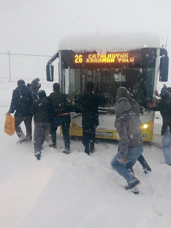Belediye otobüsleri yollarda kaldı 4