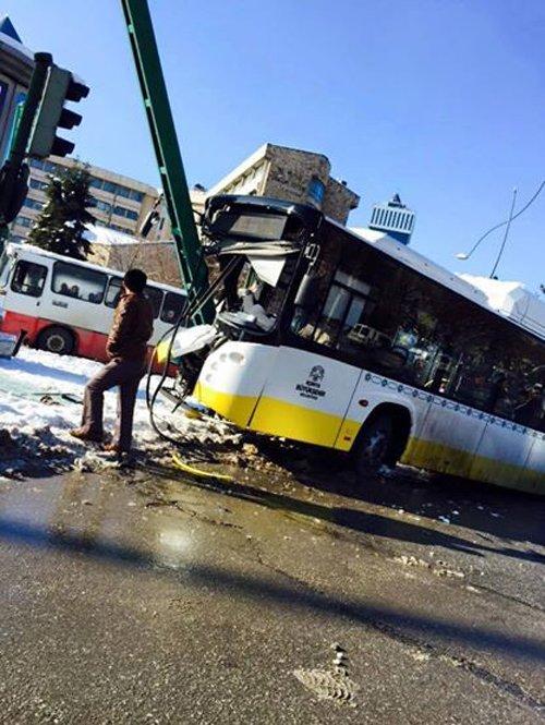 Belediye otobüsleri kazalarla anılıyor 9