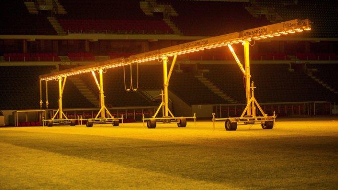Torku Arenada çimler solaryumla esmerleşiyor 1