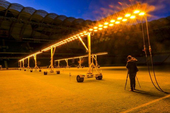 Torku Arenada çimler solaryumla esmerleşiyor 7