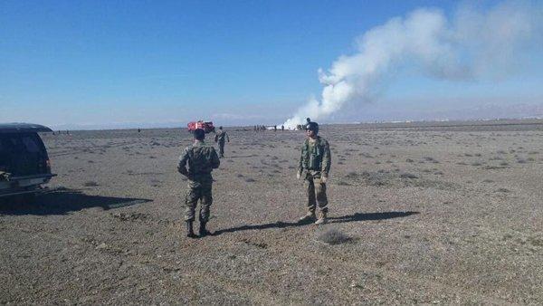 Konyada askeri uçak düştü! 7