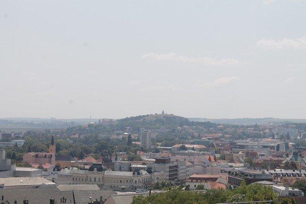 Yarı Alman yarı Macar bir ülke Slovakya 2