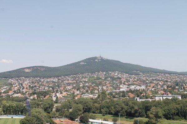Yarı Alman yarı Macar bir ülke Slovakya 3