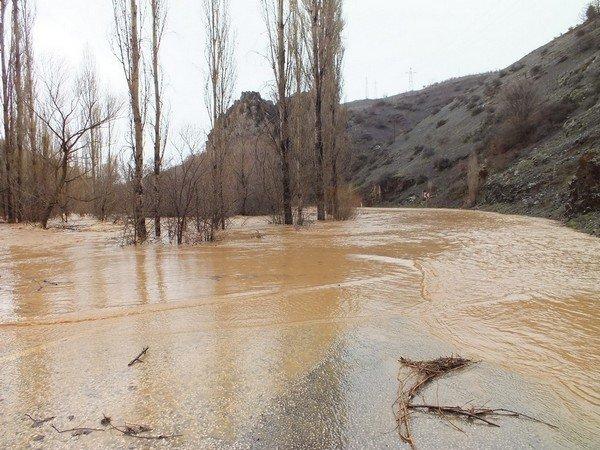 Konyada şiddetli yağış 13