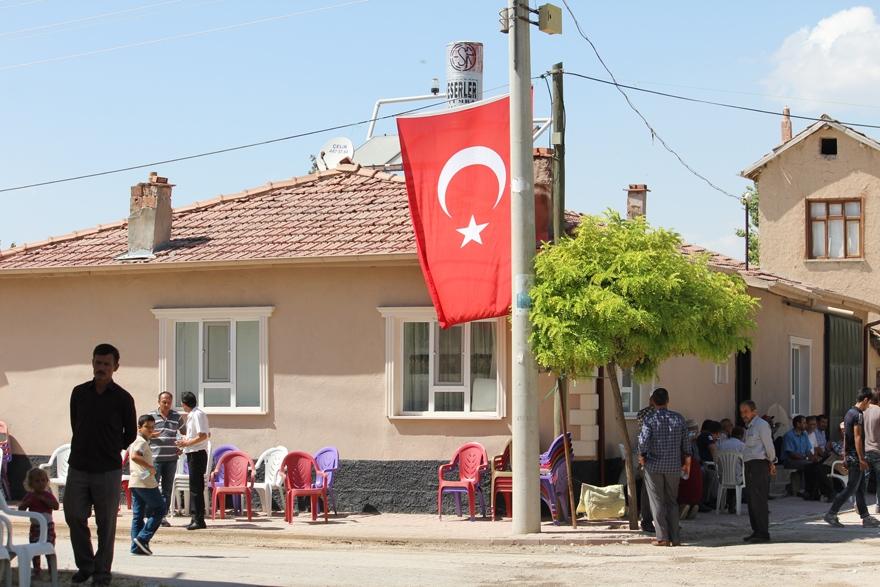 Konya'da şehit evinde yas var 6