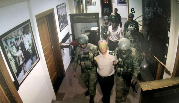 15 Temmuz gecesi Hulusi Akar ile komutanlar böyle rehin alınmış 5