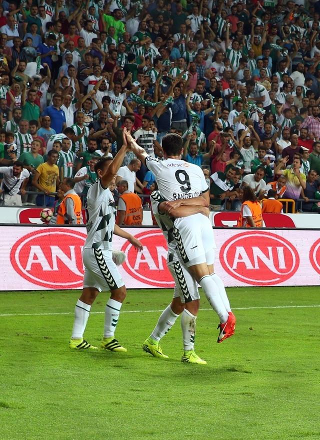 Konyaspor-Beşiktaş maçından enstantaneler 10