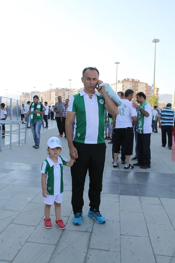 Konyspor-Gençlerbirliği maçı öncesi kameralara yansıyanlar 3