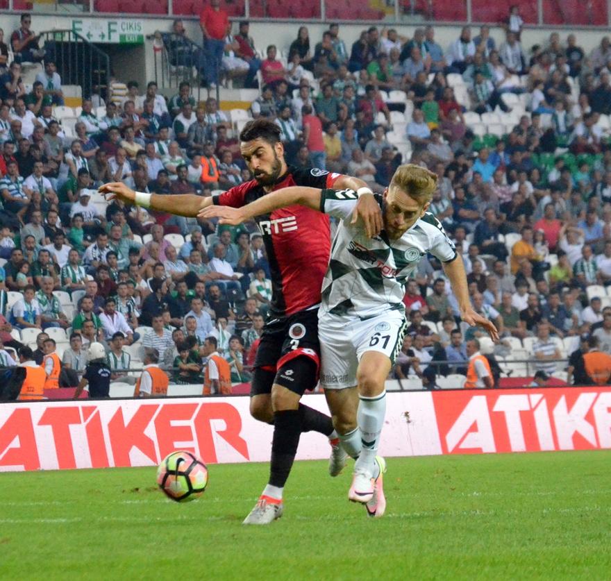 Konyaspor-Gençlerbirliği maçından kareler 1