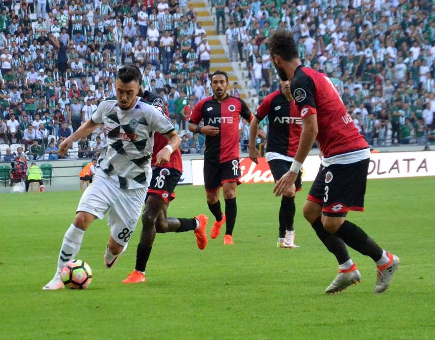 Konyaspor-Gençlerbirliği maçından kareler 16