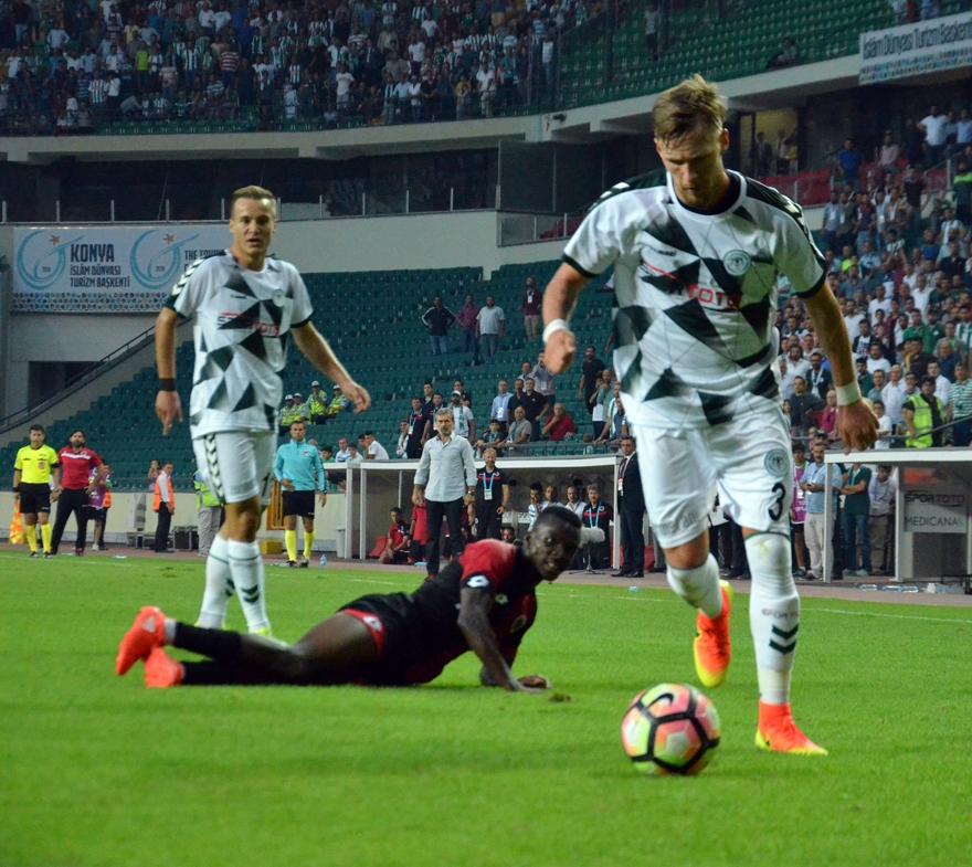 Konyaspor-Gençlerbirliği maçından kareler 6