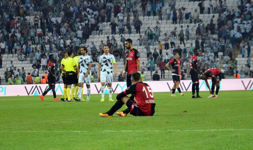 Konyaspor-Gençlerbirliği maçından kareler 7