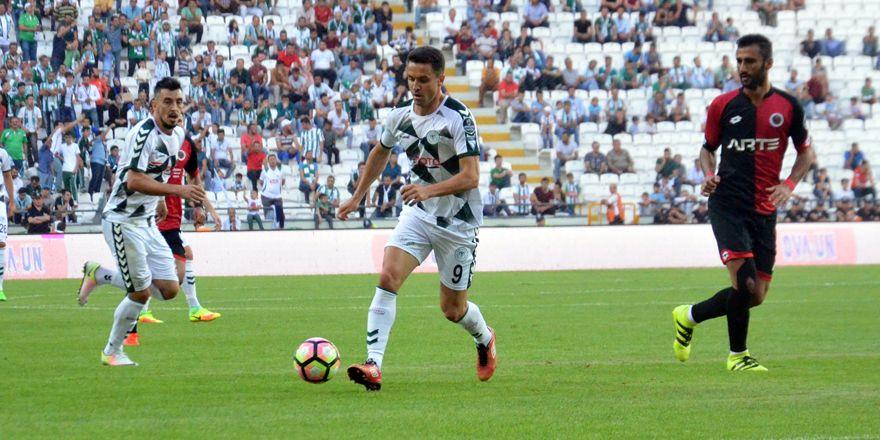 Konyaspor-Gençlerbirliği maçından kareler