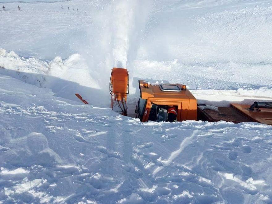 Taşkent'te kar 5 metreyi buldu 2