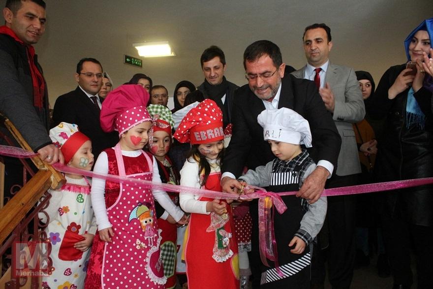 Miniklerinden Halep'teki kardeşlerine yardım 1