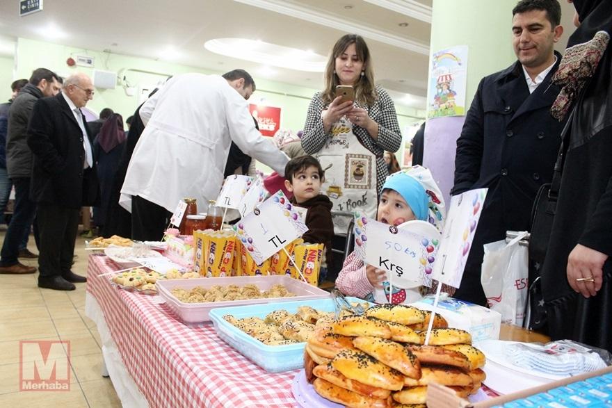 Miniklerinden Halep'teki kardeşlerine yardım 7