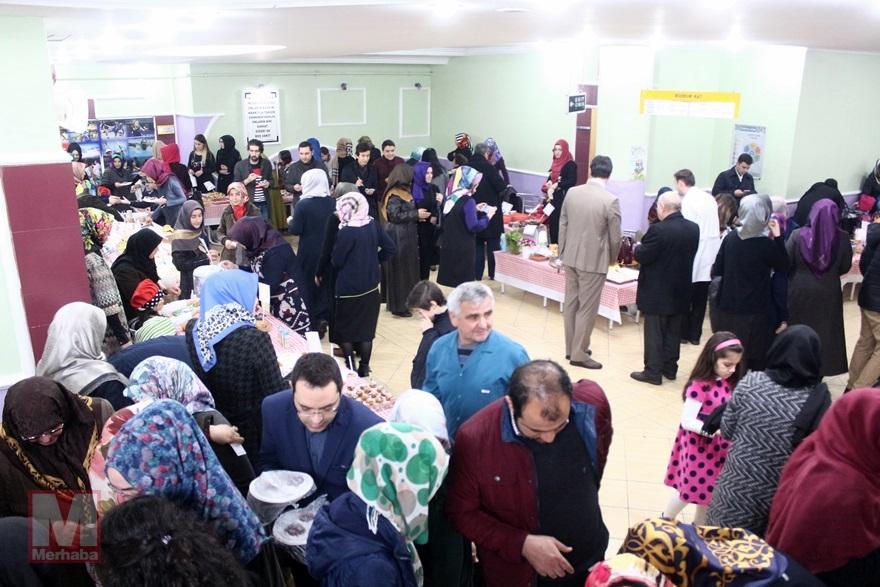 Miniklerinden Halep'teki kardeşlerine yardım 8