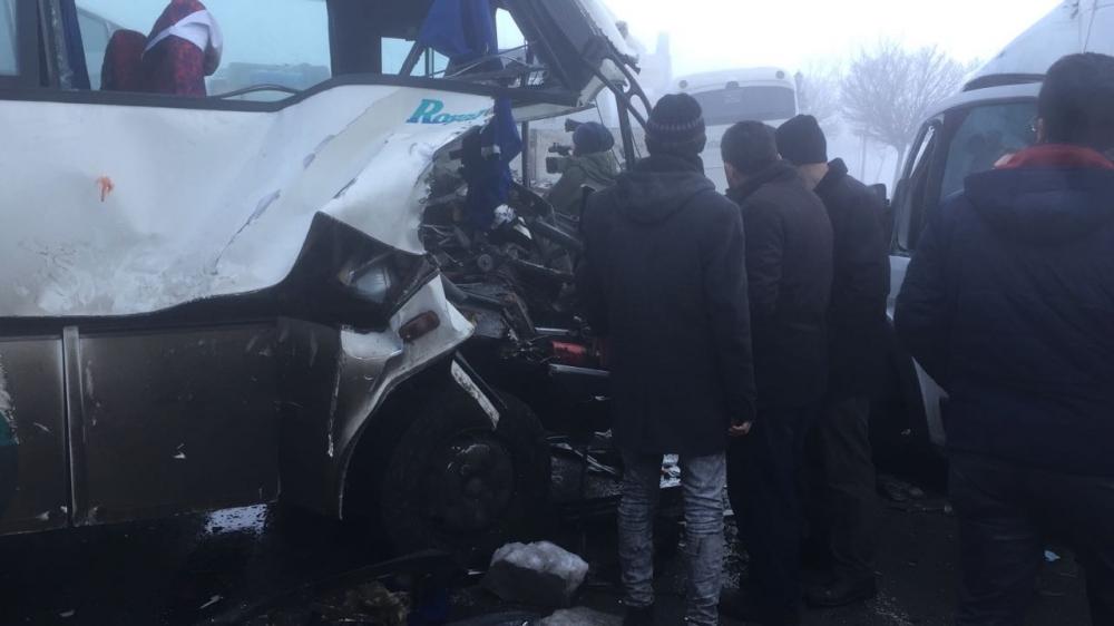 Konya'da zincirleme trafik kazası 6