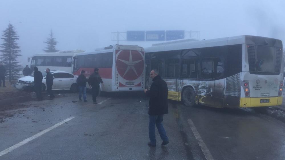 Konya'da zincirleme trafik kazası 8