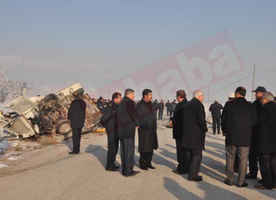 Konyada feci kaza: 5 ölü 8 yaralı 3